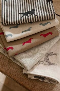 Choose from Emily Bond fabrics for your own stylish tea towels. Emily Bond, Horse Fabric, English Country Style, British Countryside, Love Home, Curtain Fabric, Interior Design Inspiration, Tea Towels, Printing On Fabric
