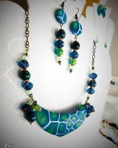 """""""È acqua.  Quando voglio qualcosa di assolutamente puro, qualcosa di sincero chiedo sempre l'acqua.""""   #selenejewelscrafts #selene_jewels_crafts #viauranio48  #acqua #aqua #water #handmade #madeinitaly #polymerclay #necklace  #bijoux #turquoise #turtle #animalier #instajewels #instafashion"""