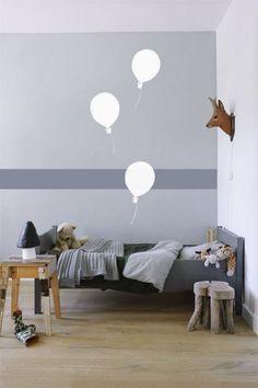 Interieur & kids | Babykamer en kinderkamer in grijs en wit • Stijlvol Styling - WoonblogStijlvol Styling – Woonblog