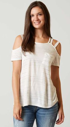 Daytrip Cold Shoulder T-Shirt - Women's T-Shirts in Ivory Look Fashion, Fashion Beauty, Fashion Outfits, Womens Fashion, She Is Clothed, T Shirts For Women, Clothes For Women, White Girls, White Tees