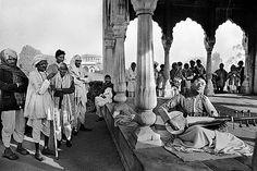 Raghu Rai - Untitled @ Music Maestros: Photographs by Raghu Rai | StoryLTD