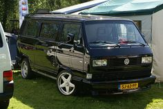 Volkswagen bus T3 by kath & theo, via Flickr