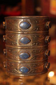saudi arabian antique jewelry