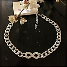 """HPSILVER Chunky INFINITY Necklace NWOT -- Gorgeous Chic Chunky Inifinity Necklace. Weighs 2.3 ounces. Approximately 17"""" with extender. Jewelry Necklaces"""
