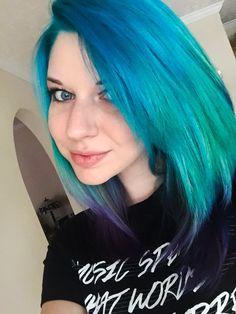 Blue to purple melt. So proud of my work!.  #ombre #mermaid #pravana #pravanavivids #masterpiece #gorgeous #hair #pinup @emilyedgil