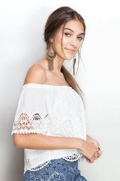 blusa ciganinha bordada   Dress to