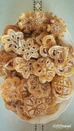 Oatmeal and date cookies - HQ Recipes Rosette Cookies, Date Cookies, Puff Pastry Dough, Dacquoise, Hungarian Recipes, Oatmeal Recipes, Biscuit Recipe, Other Recipes, Quick Easy Meals
