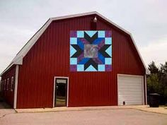 !Insights From SewCalGal: Barn Quilts - Vote for your Favorite entries in the Annual AccuQuilt Barn Quilt Challenge