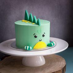 Home Interior Warm Cute dinosaur birthday cake.Home Interior Warm Cute dinosaur birthday cake Dinosaur Birthday Cakes, Dinosaur Cake, First Birthday Cakes, 1 Year Old Birthday Cake, Birthday Cake Kids Boys, Birthday Ideas, Dinosaur Party, 21st Birthday, Beautiful Cakes