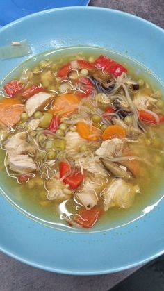 Asia Suppe mit Glasnudeln Asia Suppe mit Glasnudeln The post Asia Suppe mit Glasnudeln appeared first on Nudeln Rezepte. Steak Dinners For Two, Meals For Two, Easy Healthy Dinners, Healthy Dinner Recipes, Rumchata Recipes, Ham Steaks, Steak And Shrimp, Tortellini Recipes, Roasted Fennel