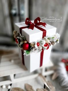 Christmas Crafts, Christmas Decorations, Christmas Makes, Diy Tutorial, Advent, Gift Wrapping, Flowers, Gifts, Inspiration