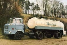 East Germany, Car Advertising, Classic Trucks, Cars And Motorcycles, Vintage Cars, Jeep, Techno, Retro, Vehicles