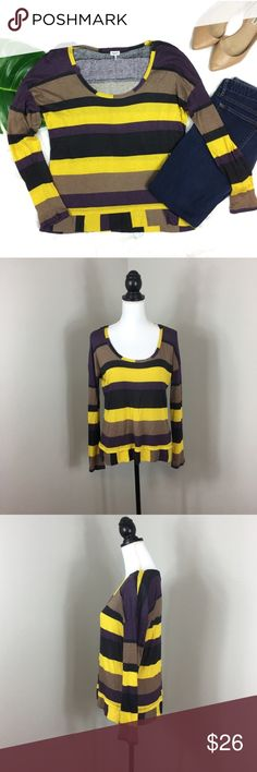 Splendid Striped Long Sleeve Tee Splendid Striped Long Sleeve Tee. Size small, fits a bit oversized to me. Approximate measurements flat laid flat 24' long, 19' sleeves, and 20' bust. Pre-owned condition with basic wear and not major flaws.   ❌I do not Trade 🙅🏻 Or model💲 Posh Transactions ONLY Splendid Tops Tees - Long Sleeve