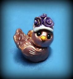 Bonnie Bird's New Hat #etsy #bird #polymerclay