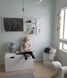 Poikien huone👦👶 #lastenhuone #lastenhuoneensisustus #kidsroom #tikkurila #tikkurilaspa  #muutodesign #anno #ikea #eeroaarnio #fermliving #jysk#interiordesign #interior #sisustusinspiraatio #sisustus #etuovisisustus #modernikoti #modernhome #siklakoti #miroju #polarnopyret #gugguu #gugguukidsfashion Kidsroom, Ikea, Kids Rugs, Interior Design, Boys, Instagram Posts, Home Decor, Bedroom Kids, Nest Design