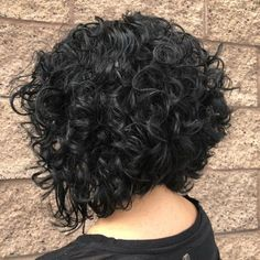 Black Curly Inverted Bob for Thick Hair The angled haircut has an elegant yet spunky vibe. It slightly lifts the nape section for a more geometric shape of Bob Hairstyles For Thick, Haircuts For Curly Hair, Hairstyles With Bangs, Curly Hair Styles, Natural Hair Styles, Black Hairstyles, Braided Hairstyles, Medium Hairstyles, Pixie Haircuts