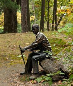 robert frost statue | Robert Frost statue Dartmouth College