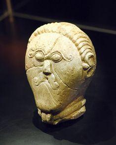 Celtic:  A stone head from Mšecké Žehrovice, Czech Republic, from the late #Celtic La Tène culture.