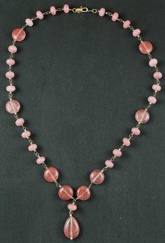 Colar de pedras com jade e cristal cherry! www.ckdsemijoias.com.br