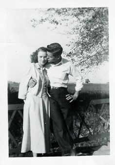 found photo snapshot couple woman man young fence country tree romantic War Era WWII vintage fashion style shirt pants dress sweater jacket hairstyle Vintage Pictures, Old Pictures, Old Photos, 1940s Photos, Pub Vintage, Vintage Love, Vintage Kiss, Couples Vintage, Old Couples