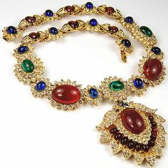 Vintage Kenneth Lane Gold Ruby Emerald Sapphire Jackie Onassis Pendant Necklace