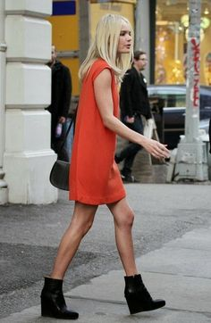 the inclined: She's Got the Look: Kate