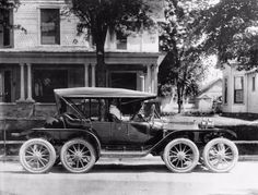 One of the Ugliest Cars Ever Produced: Pictures of Octo-Auto and Sexto-Auto in the 1910s