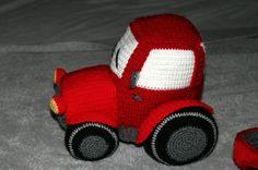 Amigurumi Häkelanleitung - kleiner roter Traktor