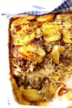 Fantazje kulinarne Magdy K.: Zapiekanka z kapustą kiszoną, mięsem i ziemniakami Macaroni And Cheese, French Toast, Pork, Favorite Recipes, Meat, Breakfast, Ethnic Recipes, Cooking, Kale Stir Fry
