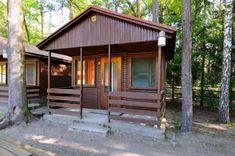 Výsledek obrázku pro třebonsko Cabin, House Styles, Outdoor Decor, Home Decor, Homemade Home Decor, Cabins, Cottage, Decoration Home, Cubicle