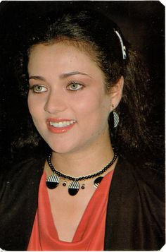 #Mandakini Beautiful Bollywood Actress, Beautiful Indian Actress, Indian Beauty Saree, Indian Sarees, Classic Actresses, Indian Actresses, Krishna Painting, Vintage Bollywood, Family Images