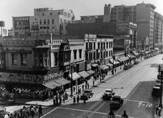 Main Street at 5th, 1930. Eighty-plus years later, this view from the Rosslyn Million Dollar Hotel remains essentially the same.