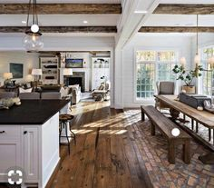 Great open concept kitchen living room modern that will impress you Living Room Styles, Chic Living Room, Home Living Room, Living Room Designs, Farmhouse Style Kitchen, Modern Farmhouse Kitchens, Farmhouse Decor, Rustic Kitchen, Farmhouse Flooring