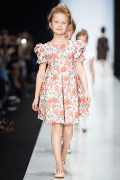 Girls Formal Dresses, Baby Girl Dresses, Baby Dress, Baby Clothes Patterns, Clothing Patterns, Kids Fashion, Fashion Show, Fashion 2020, Divas