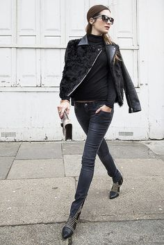 ef4fa4f542d 50 Incredible Outfits With Black Jeans For The Fashion-Minded Woman