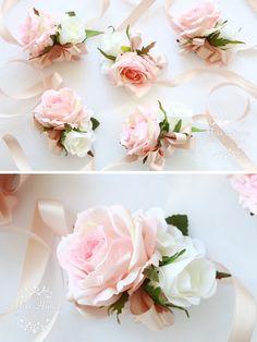 Blush pink corsage and boutonnire for a wedding or prom hecho a elementos de orden el precio es para un o ramillete tiempo de bridesmaid corsagecorsage weddingbridesmaidsflower mightylinksfo