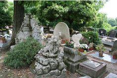 lugares_peculiares (cementerio de mascotas París)
