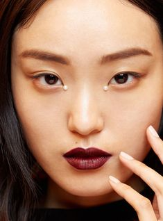 The 5 Makeup Trends That You're About To See Everywhere+#refinery29