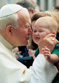 Beato Juan Pablo II  Conoce su vida de santidad en www.aciprensa.com/juanpabloii