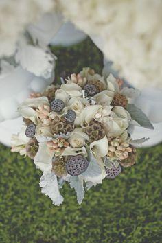 Beautiful neutral bouquet!!!