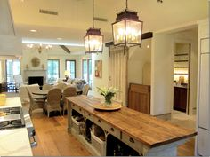 Island design~thumbs up. Cote de Texas - Love the bar off to the back right; Smart Kitchen, Kitchen Reno, New Kitchen, Kitchen Dining, Kitchen Remodel, Kitchen Cabinets, Country Kitchen, French Kitchen, Kitchen Tables