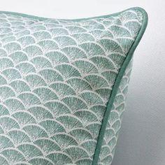 Neu bei IKEA - alle Neuheiten auf einen Blick - IKEA Österreich Cushions Ikea, Decorative Cushions, Cushions On Sofa, Comfortable Pillows, Blue Rooms, Cushion Pads, Quilt Cover, Recycled Materials, Turquoise