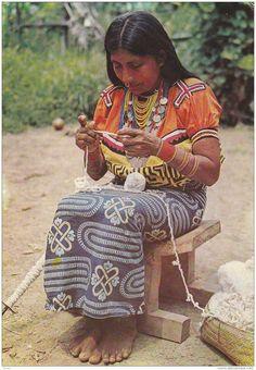 Mujer Indígena Kuna Panamá - Panama Native American Woman