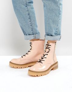 Get this Stradivarius's shoes with laces now! Click for more details. Worldwide shipping. Stradivarius Lace Up Ankle Boots - Pink: Boots by Stradivarius, Faux-leather upper, Patent finish, Side-zip opening, Lace-up front, Back tab, Almond toe, Gold-tone studded trim, Mid heel, Moulded tread, Do not wash, 100% Polyurethane Upper. Launched back in 1994 with its iconic treble clef logo, Spanish label Stradivarius' line of clothing, footwear and accessories moves to its own beat. Influenced by…