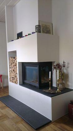 Platsbyggd spis Bild G Home Fireplace, Fireplace Design, Classy Living Room, Wood Insert, Compact Living, Interior Decorating, Interior Design, Townhouse, Sweet Home