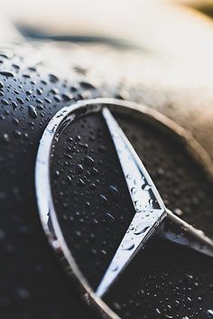 No listing of finest luxury cars is complete without the Mercedes-Benz S Course. The German automaker's range-topping schedule of cars, cars, as well as convertibles is simply the embodiment of luxury. Mercedes Auto, Mercedes Benz Logo, Mercedes Benz Cars, Audi Cars, Mercedes 4matic, Dodge Pickup, Lamborghini, Mercedes Benz Wallpaper, Volkswagen