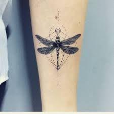 Resultado de imagen para tattoo libelula