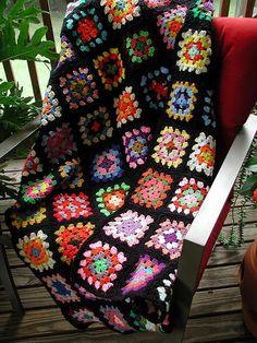 Transcendent Crochet a Solid Granny Square Ideas. Inconceivable Crochet a Solid Granny Square Ideas. Sunburst Granny Square, Crochet Granny Square Afghan, Knitted Afghans, Crochet Squares, Knitted Blankets, Granny Squares, Crochet Throws, Bag Crochet, Crochet Quilt