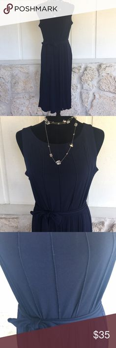 """🆕Voir Voir Navy blue spring dress Simply stated gorgeous Voir Voir Navy blue dress. Great for the office, weekend wear, any occasion dressy or casual. Belt at waist & flowy skirt! Material has lots of stretch. Beautiful reversed seam detail down the bodice front & back. EUC Bust laying flat 18"""", length shoulder to hem 42.5"""". ✅I ship same or next day ✅Bundle for discount Voir Voir Dresses Midi"""