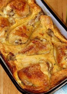 it's called 'bumpy chicken pie' but seems like chicken in yorkshire pudding batter. Meat Recipes, Gourmet Recipes, Chicken Recipes, Cooking Recipes, Bosnian Recipes, Croatian Recipes, Bosnian Food, Albanian Recipes, Macedonian Food